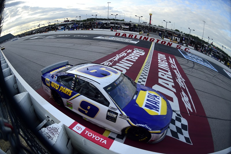 DARLINGTON, SOUTH CAROLINA - MAY 17: Chase Elliott, driver of the #9 NAPA Auto Parts Chevrolet, races during the NASCAR Cup Series The Real Heroes 400 at Darlington Raceway on May 17, 2020 in Darlington, South Carolina. NASCAR resumes the season after the nationwide lockdown due to the ongoing coronavirus (COVID-19). (Photo by Jared C. Tilton/Getty Images)